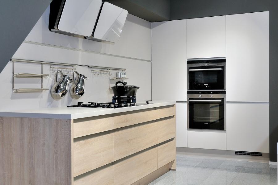 Küchenhaus Elektro-Schmidt - Küchen-Montage und Zubehör, Kochkurse ...
